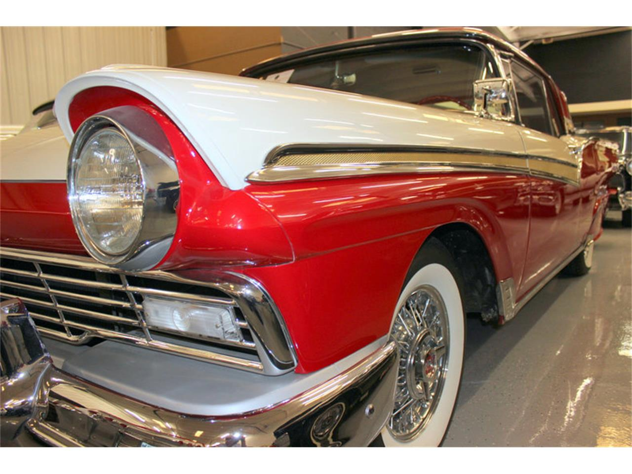 Large Picture of Classic '57 Ford Fairlane - LGC1