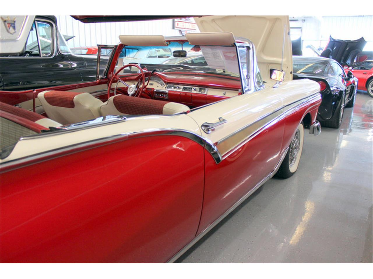 Large Picture of Classic 1957 Ford Fairlane located in Fort Worth Texas Offered by Triple F Automotive - LGC1