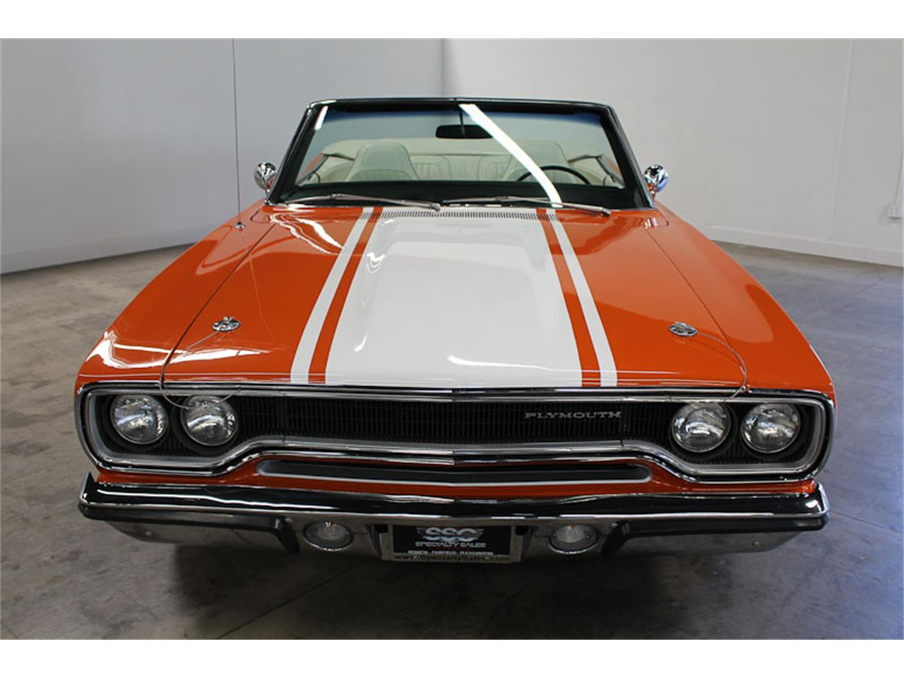 Large Picture of '70 Plymouth Road Runner Offered by Specialty Sales Classics - LGC9