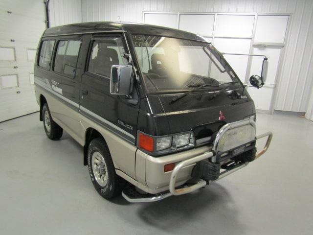 Picture of 1990 Mitsubishi Delica located in Virginia - $17,800.00 - LN4O