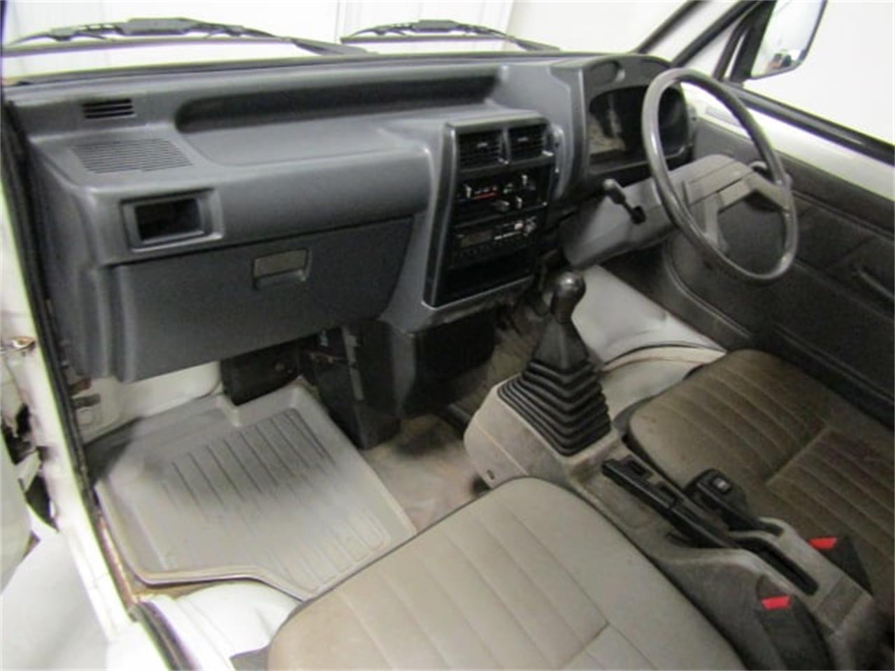 Large Picture of '92 Mitsubishi MiniCab located in Christiansburg Virginia - LN4X