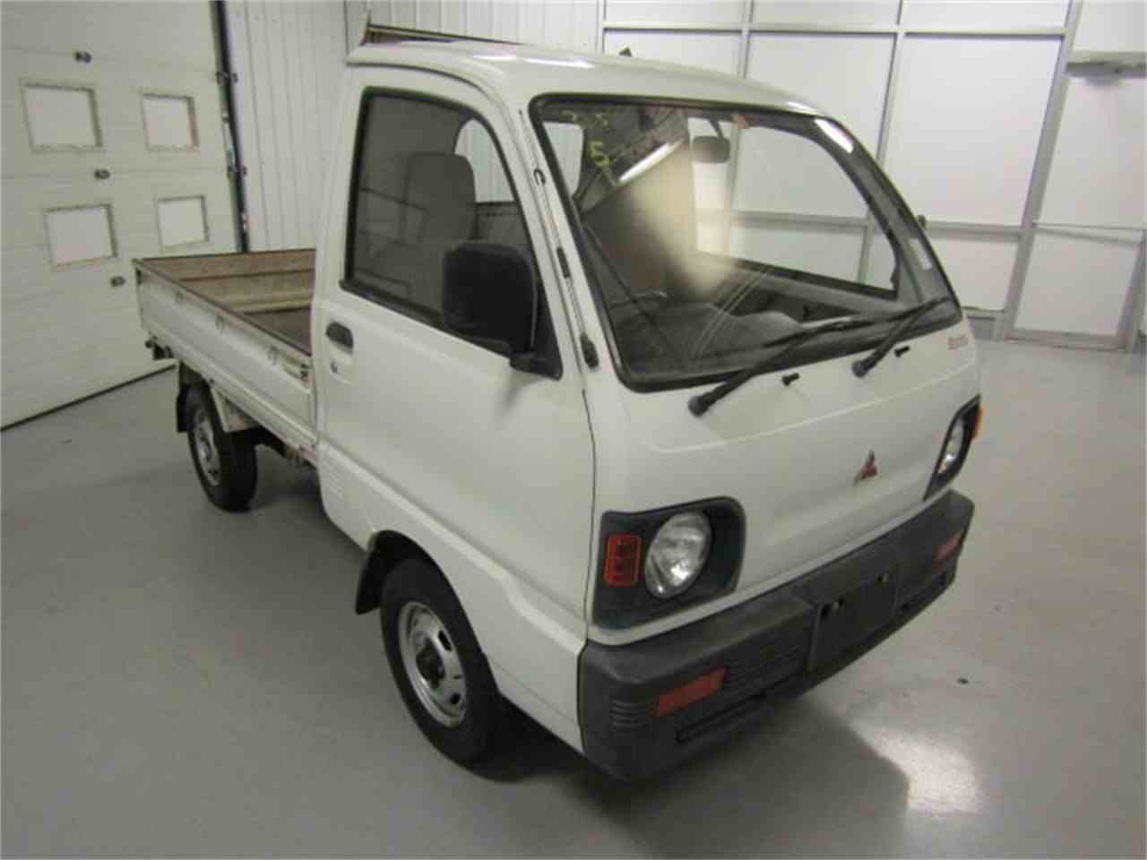 Large Picture of '92 MiniCab - LN4X