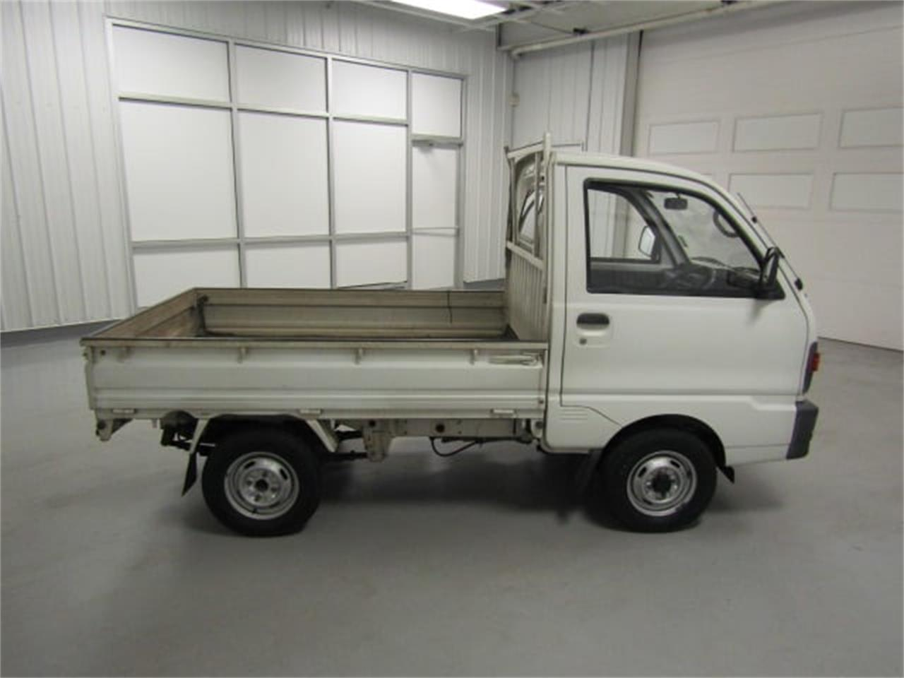 Large Picture of '92 Mitsubishi MiniCab - LN4X