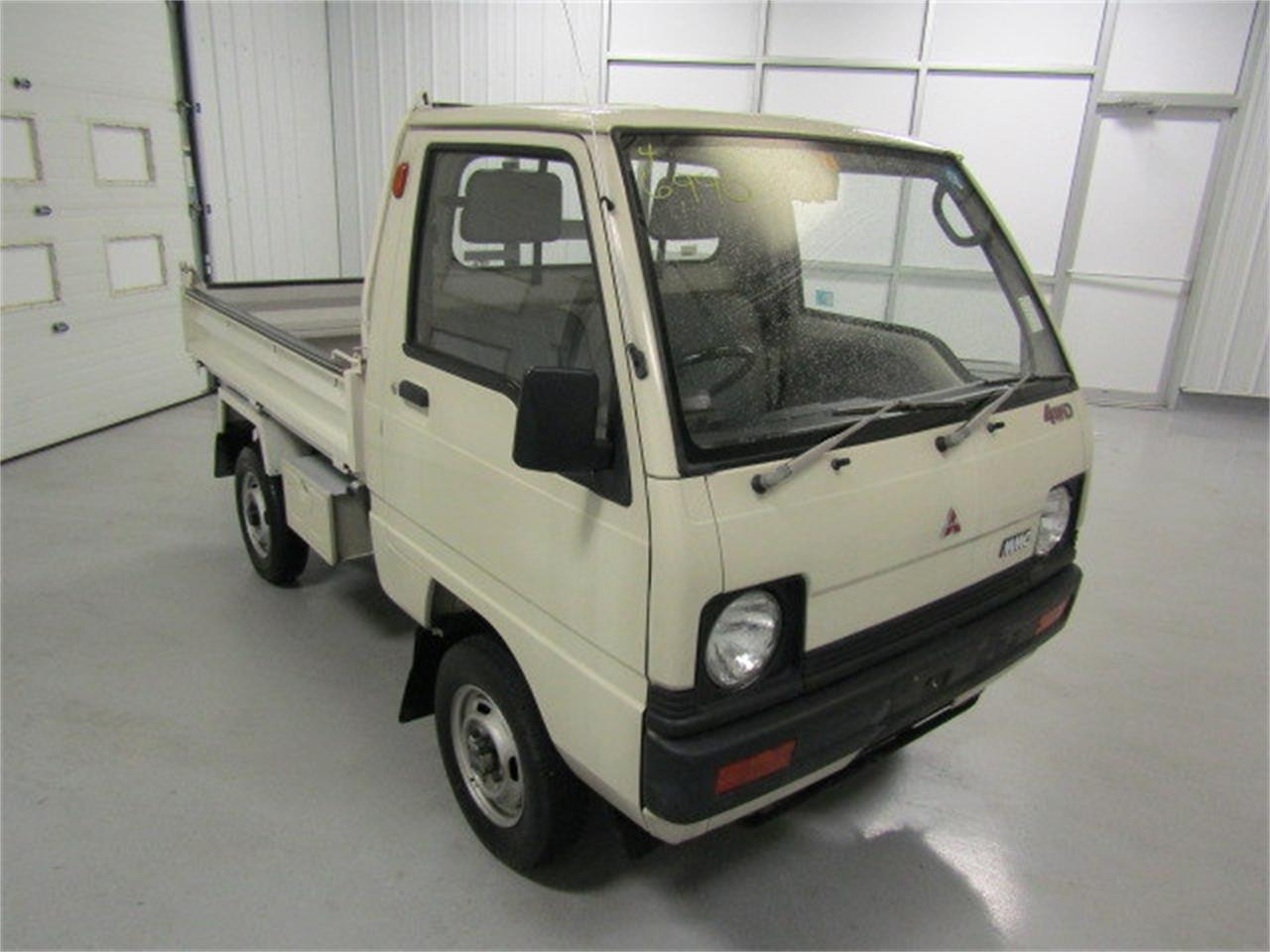 Large Picture of '88 Mitsubishi MiniCab Offered by Duncan Imports & Classic Cars - LN50