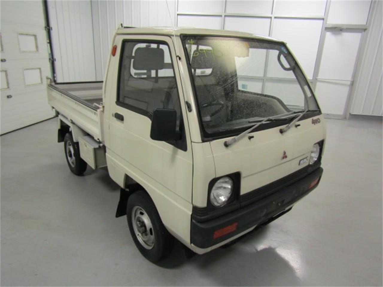 Large Picture of 1988 Mitsubishi MiniCab located in Virginia Offered by Duncan Imports & Classic Cars - LN50