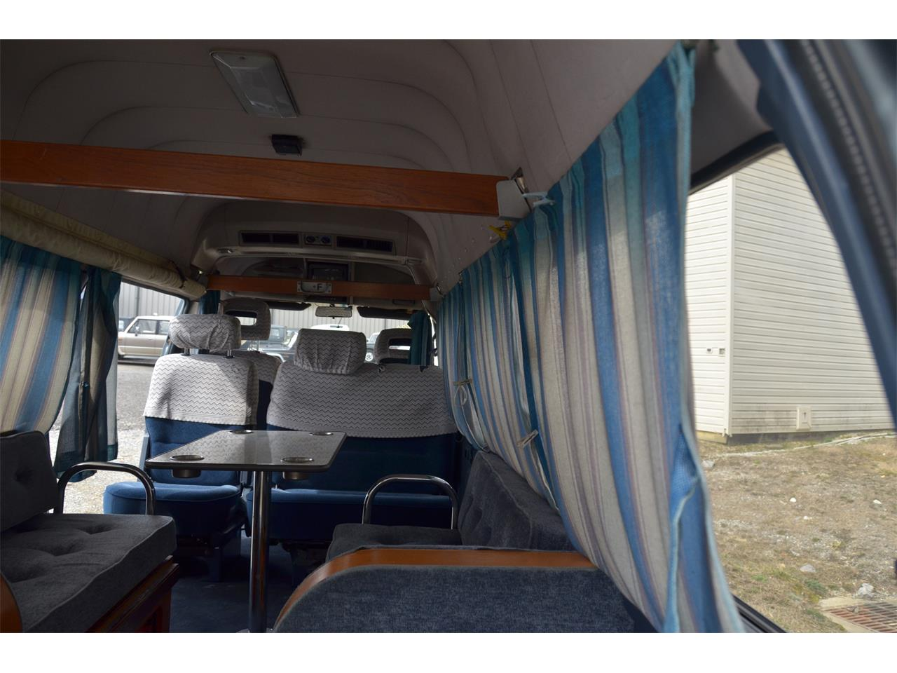 Large Picture of 1990 Caravan located in Virginia - $17,900.00 Offered by Duncan Imports & Classic Cars - LN58