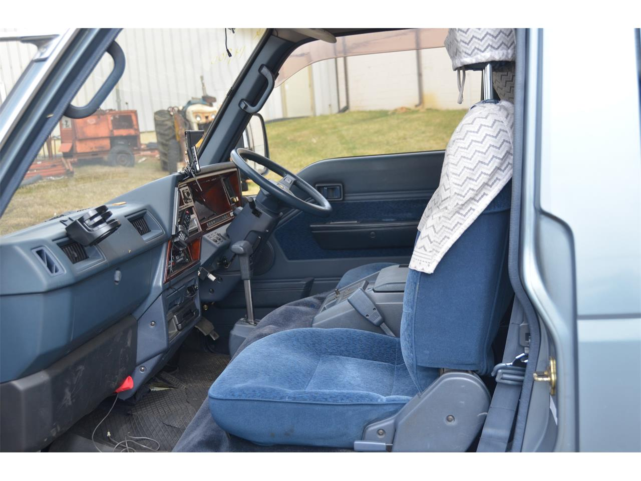 Large Picture of 1990 Nissan Caravan located in Christiansburg Virginia Offered by Duncan Imports & Classic Cars - LN58