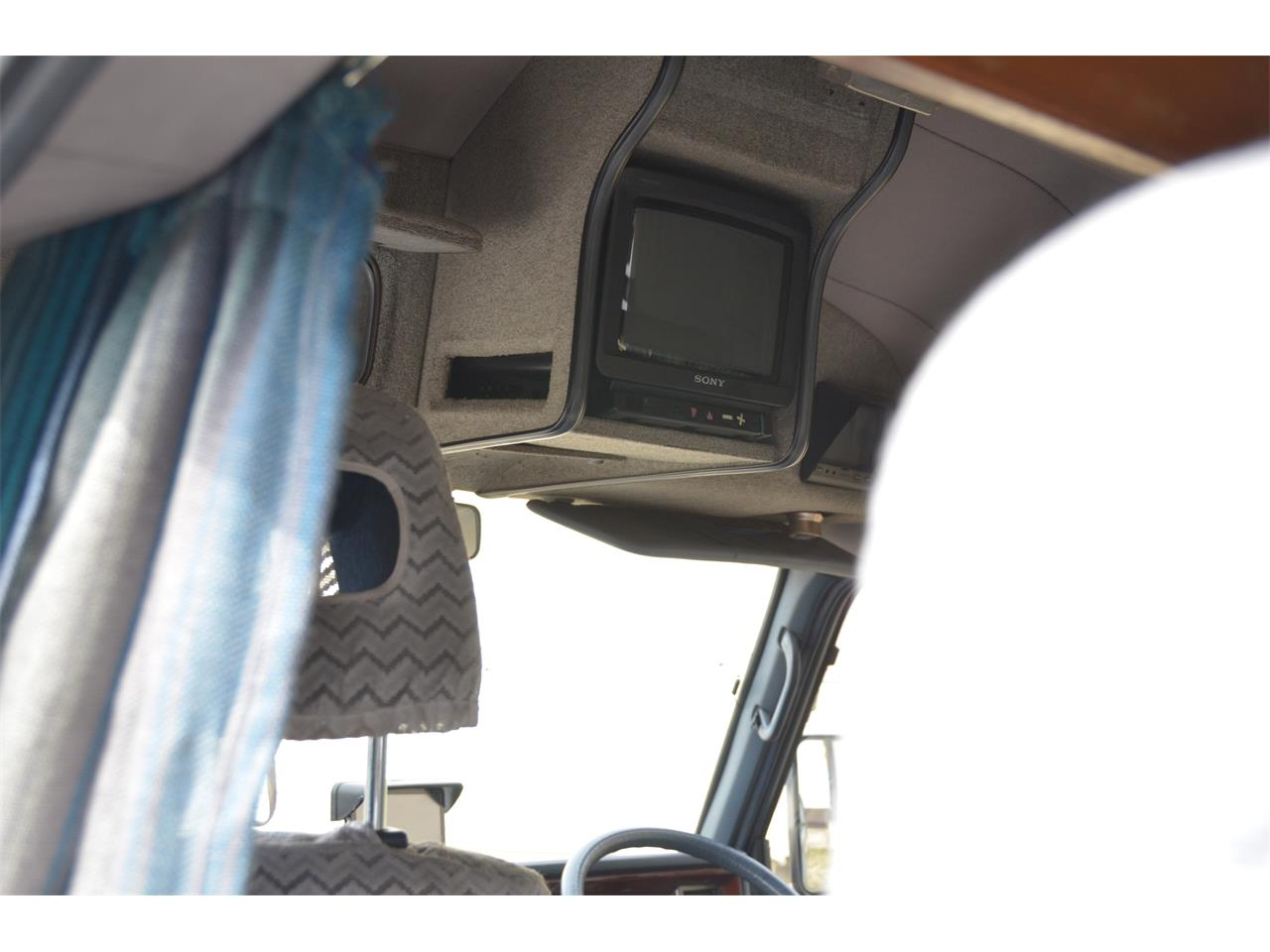 Large Picture of 1990 Nissan Caravan - $17,900.00 Offered by Duncan Imports & Classic Cars - LN58