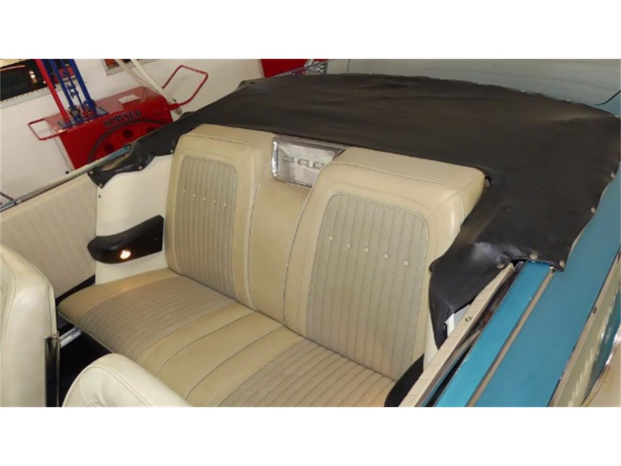 Large Picture of Classic 1963 Chrysler 300 - $13,995.00 Offered by Cruisin Classics - LNF4