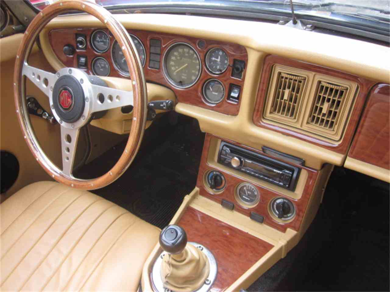 Large Picture of '79 MGB - LOCB