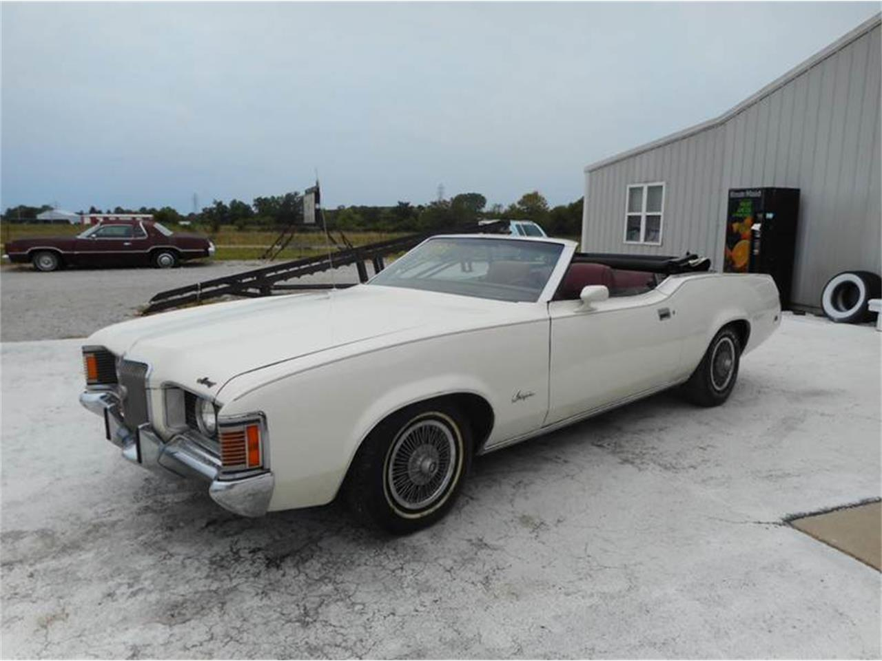 Large Picture of '71 Cougar - LOHG