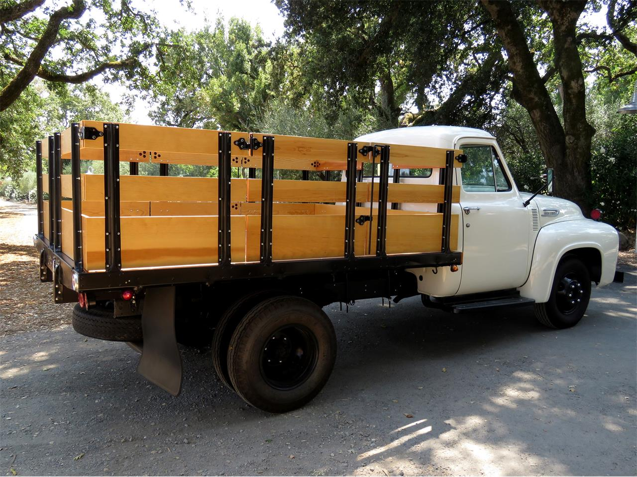 Large Picture of Classic 1954 F350 - LOMU