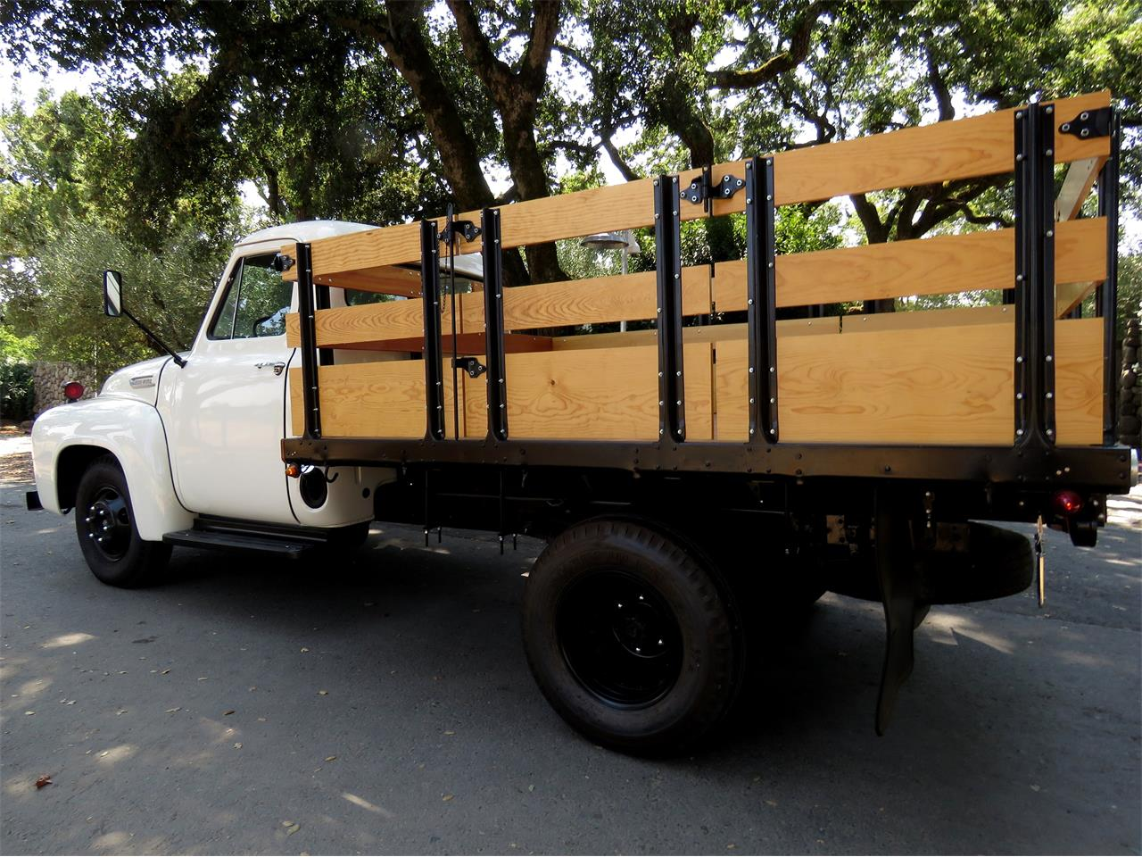 Large Picture of Classic '54 F350 located in California Offered by Left Coast Classics - LOMU