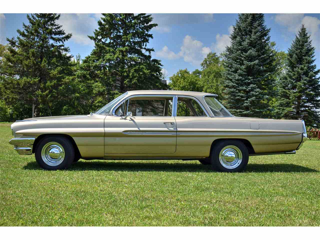 Large Picture of '61 Catalina located in Minnesota Offered by Hooked On Classics - LONC