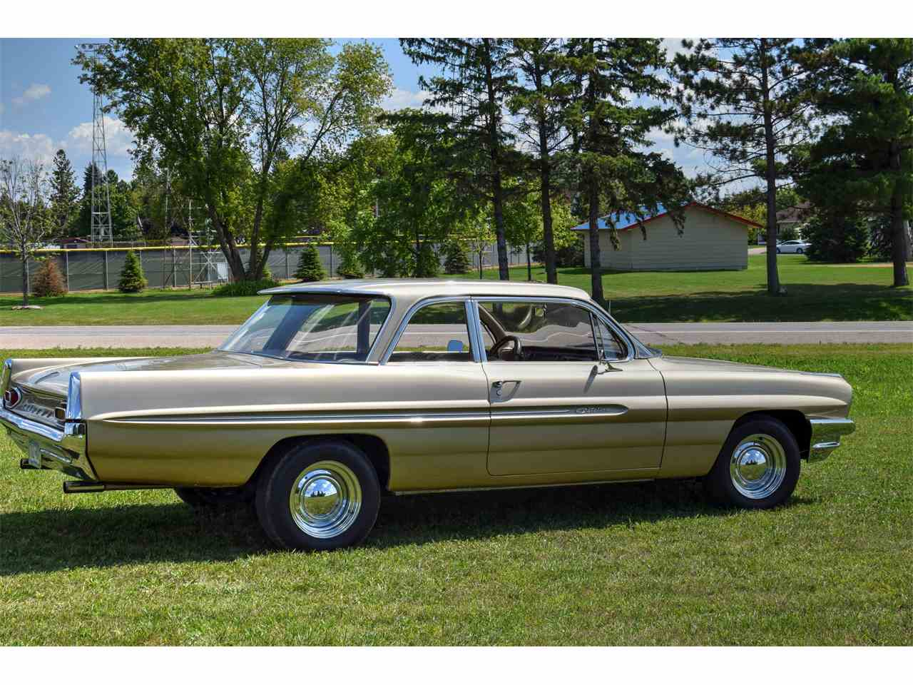 Large Picture of Classic '61 Catalina - $38,000.00 Offered by Hooked On Classics - LONC