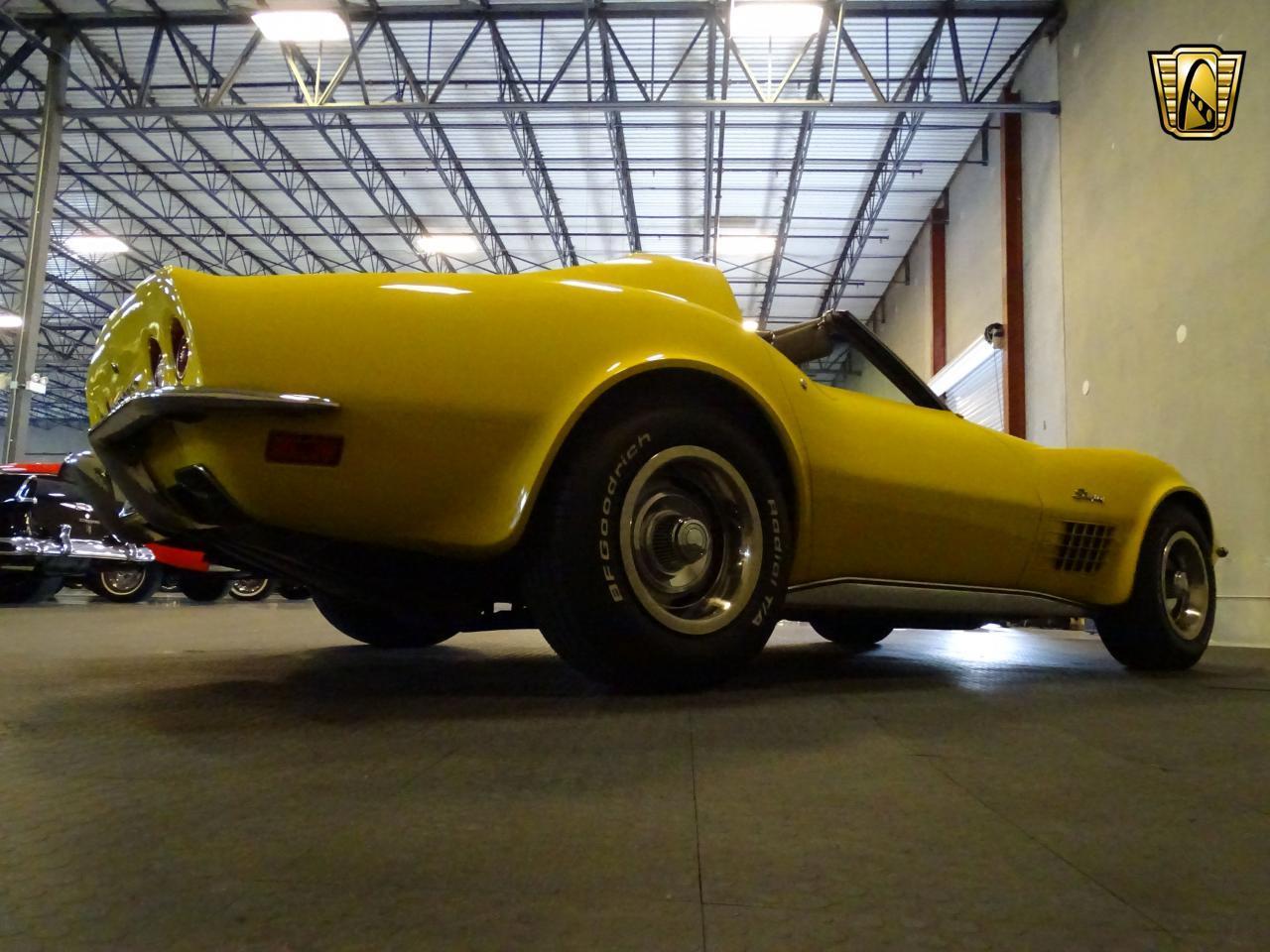 Large Picture of 1971 Corvette - LOPO
