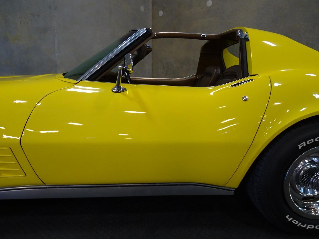Large Picture of Classic '71 Chevrolet Corvette - LOPO