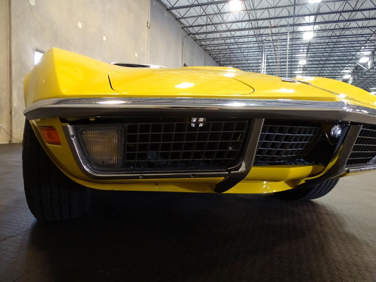 Large Picture of '71 Chevrolet Corvette - LOPO
