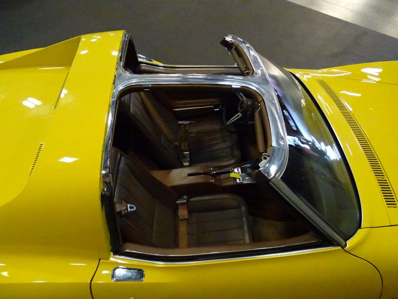 Large Picture of Classic '71 Chevrolet Corvette located in Florida - LOPO