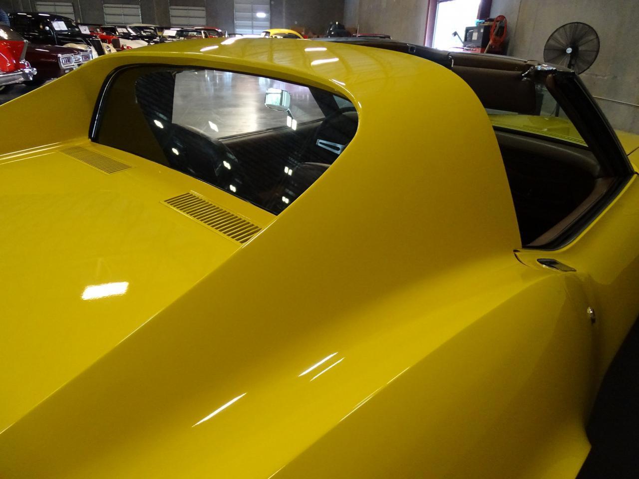 Large Picture of Classic 1971 Chevrolet Corvette - LOPO