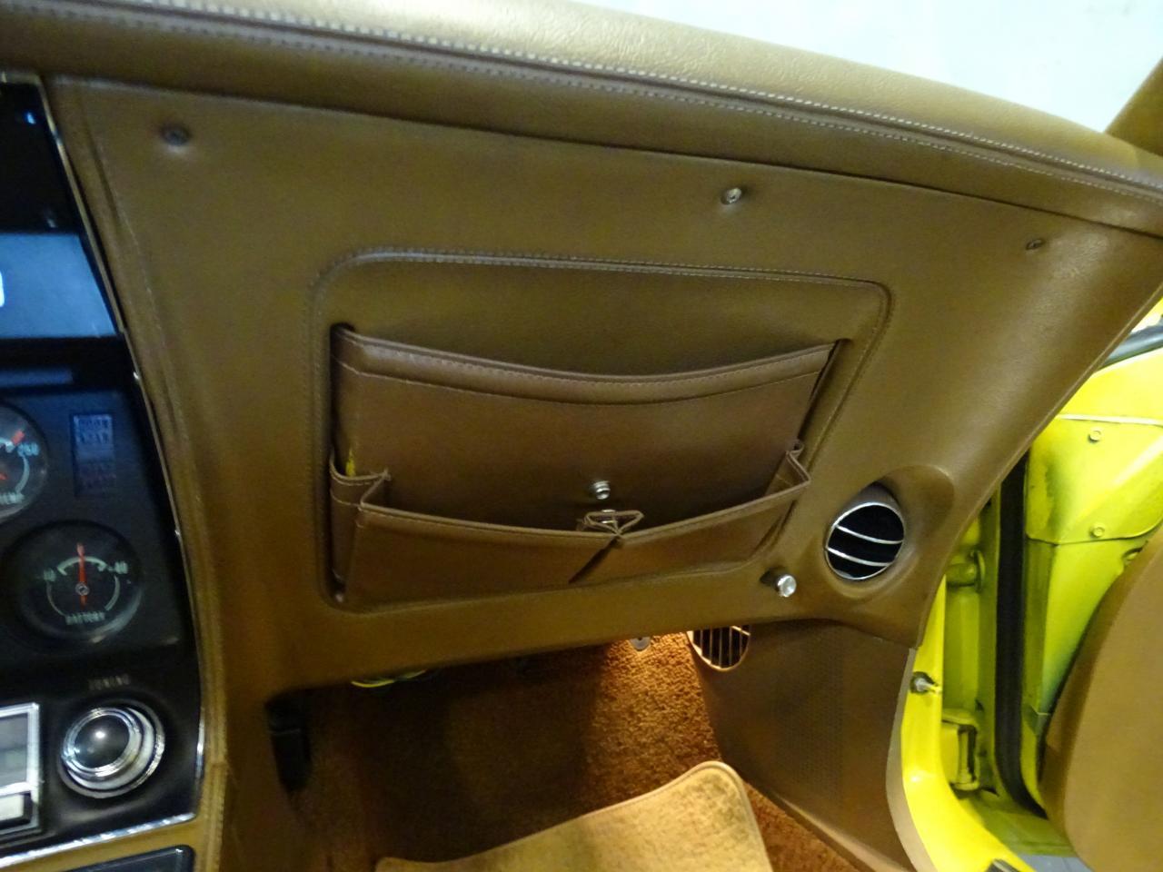Large Picture of '71 Corvette - LOPO