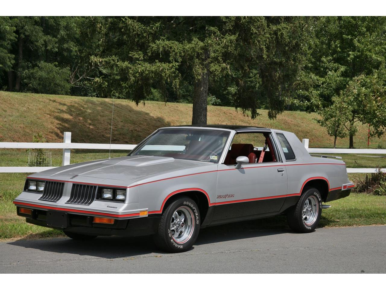 Large Picture of '84 Cutlass - LOVM