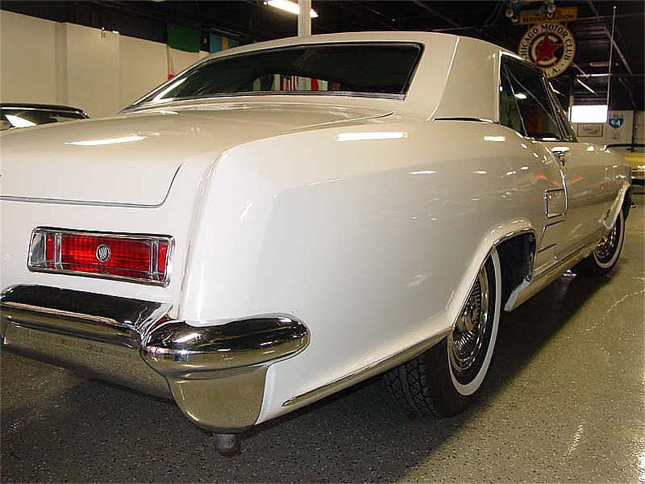 Large Picture of Classic '63 Riviera - LOVX