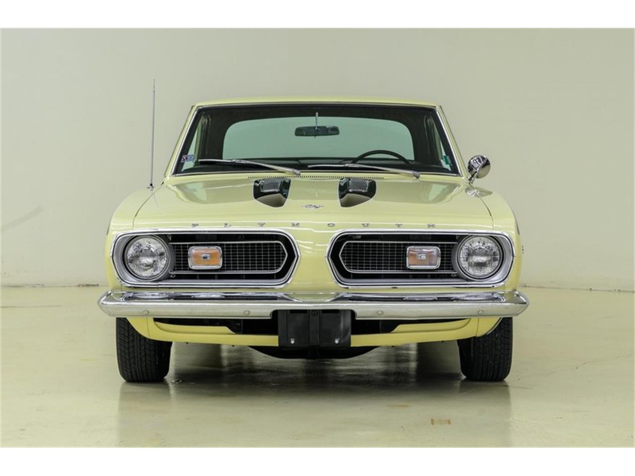 Large Picture of '67 Barracuda located in Concord North Carolina - LP0Q