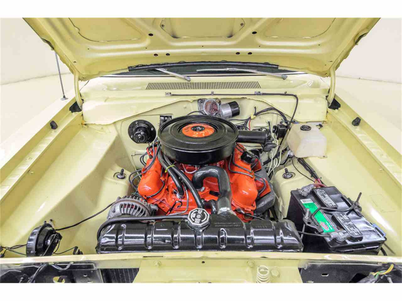 Large Picture of '67 Barracuda - LP0Q