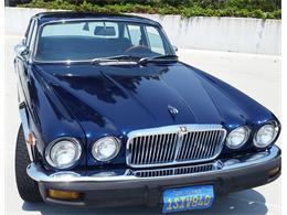 Picture of '76 XJ6L - LP4W