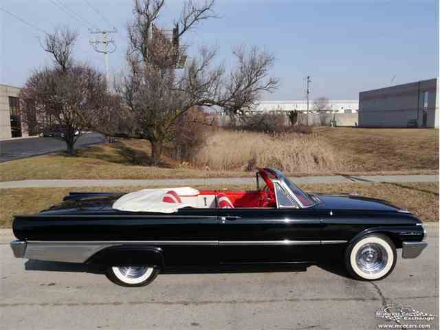 Picture of Classic 1961 Ford Galaxie located in Illinois - $32,900.00 Offered by Midwest Car Exchange - LP9Y