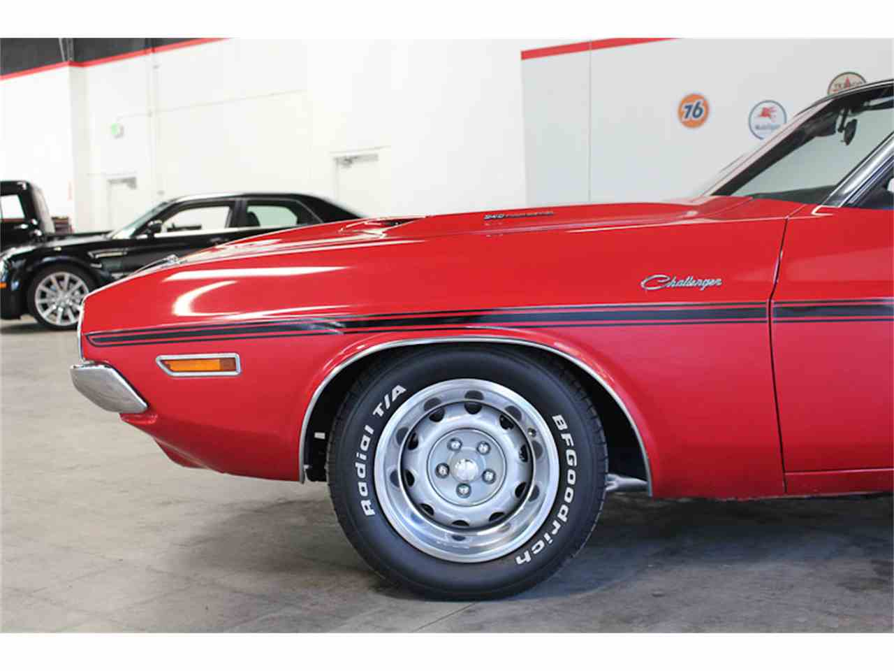 Large Picture of '70 Challenger - LPBB