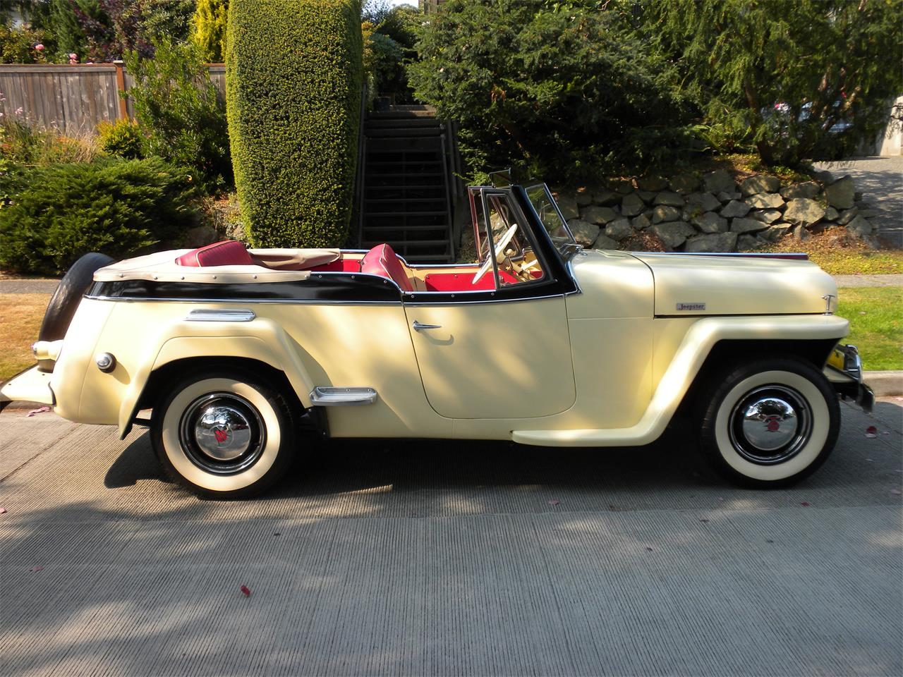 Large Picture of 1949 Willys-Overland Jeepster located in Seattle Washington - $22,500.00 - LPU9