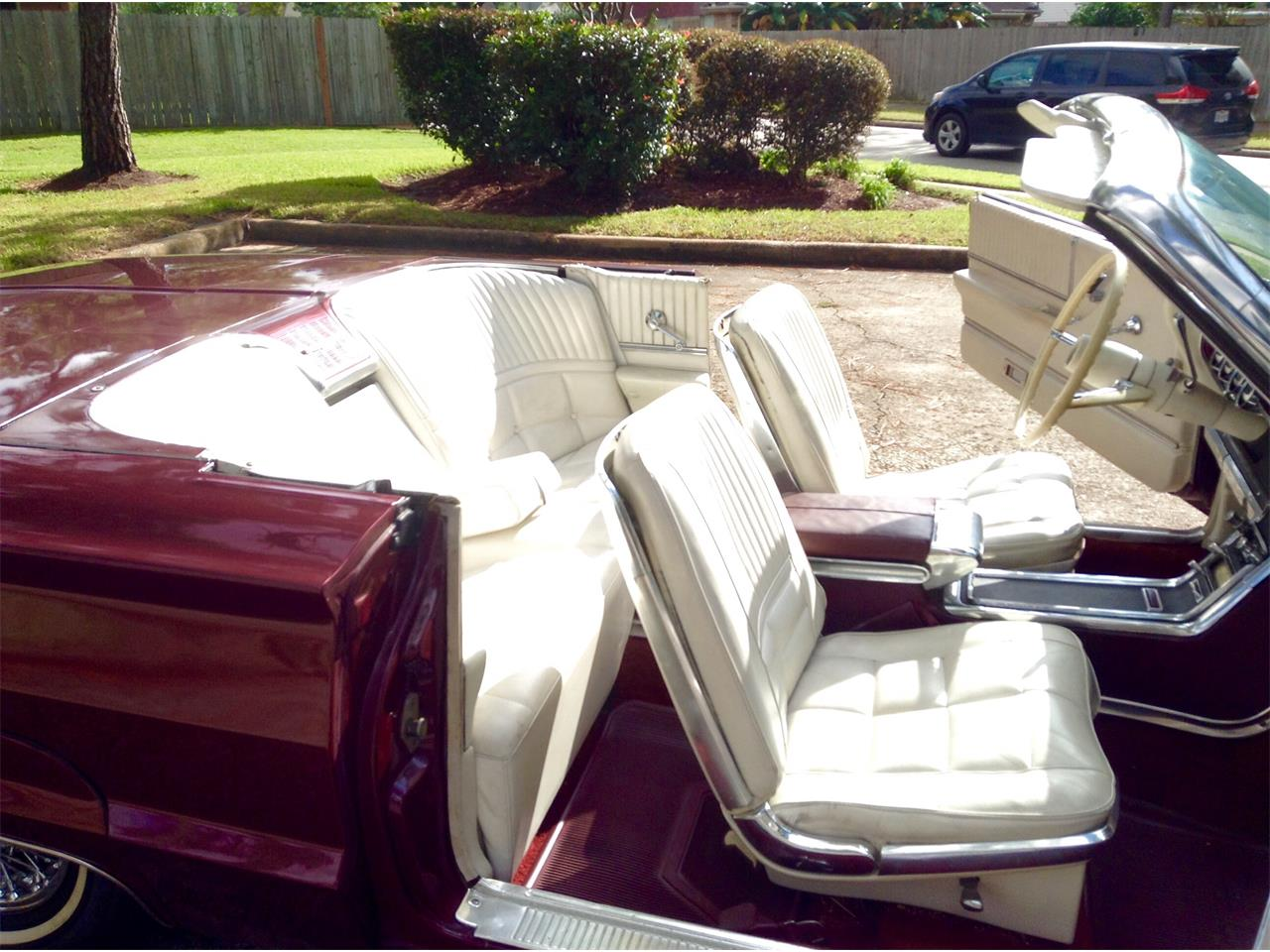 Large Picture of Classic 1966 Thunderbird - $17,500.00 Offered by a Private Seller - LPV4