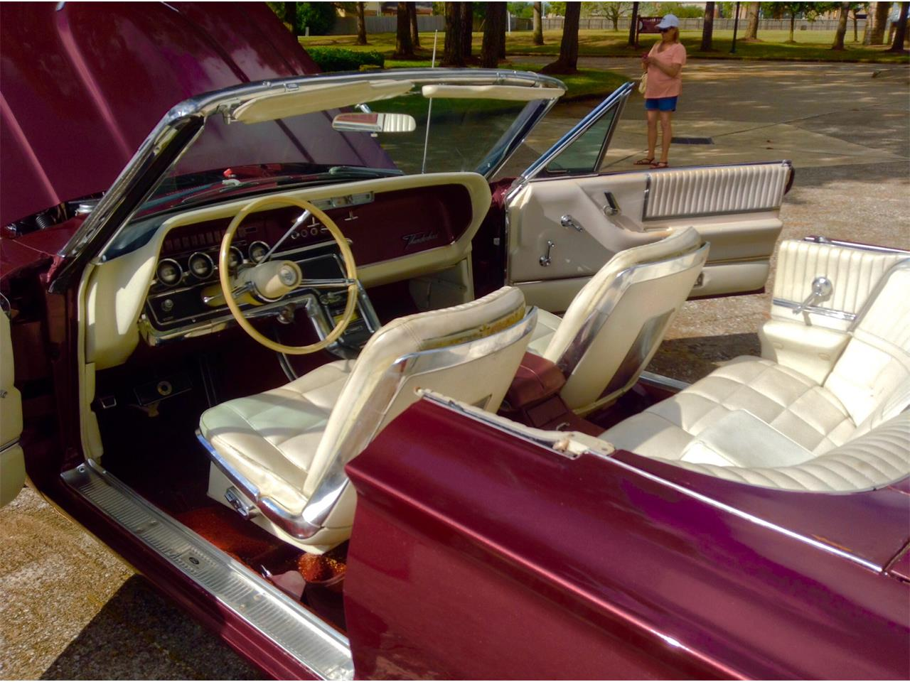 Large Picture of Classic 1966 Ford Thunderbird - $17,500.00 - LPV4