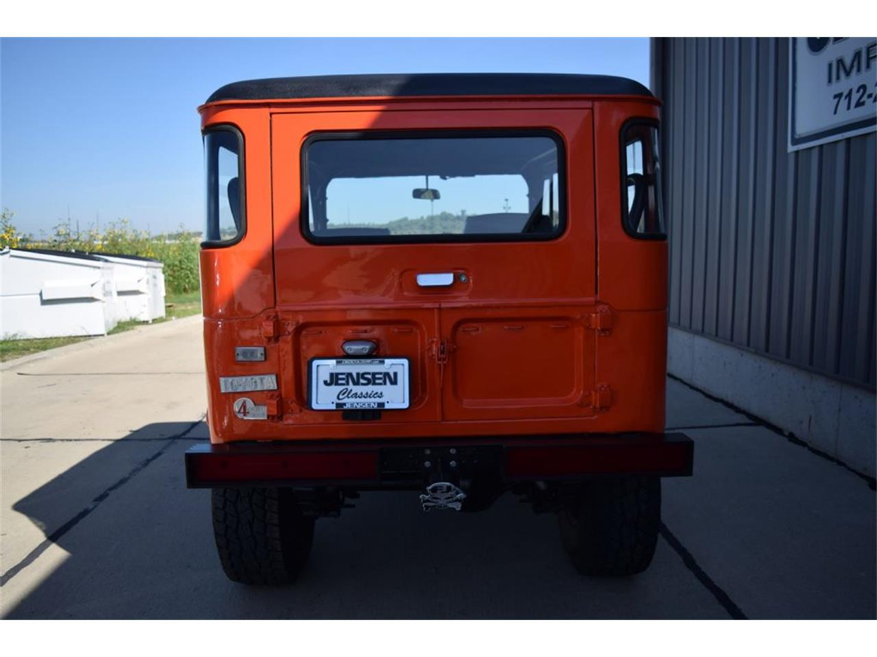 Large Picture of '70 FJ Cruiser - LQ2A