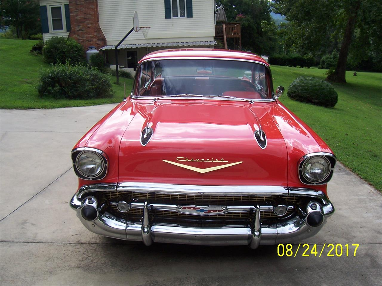 Large Picture of '57 Bel Air - LQ3C
