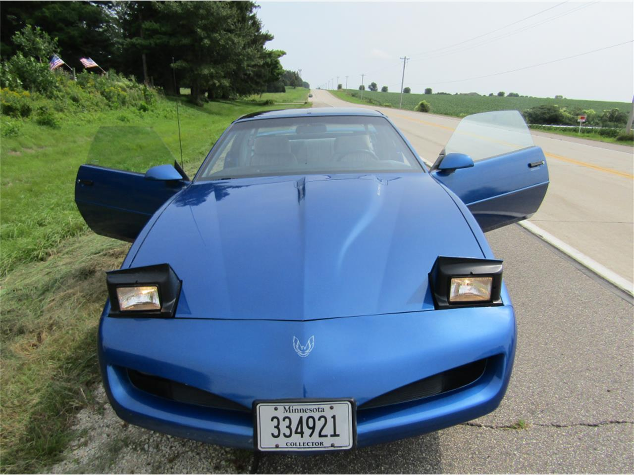 Large Picture of 1991 Firebird Formula located in Eyota Minnesota - $7,900.00 - LQ9D