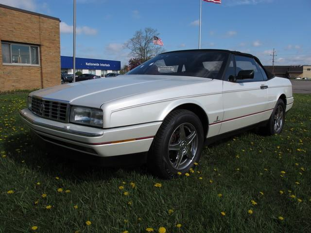 Picture of 1989 Cadillac Allante Offered by  - LQF8