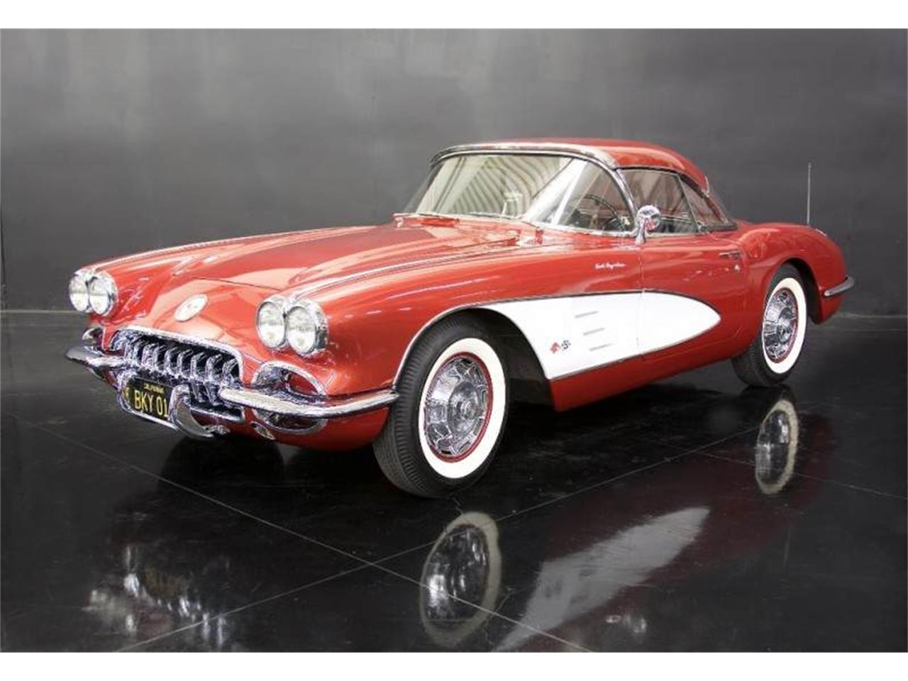 Large Picture of '60 Corvette - LQQT