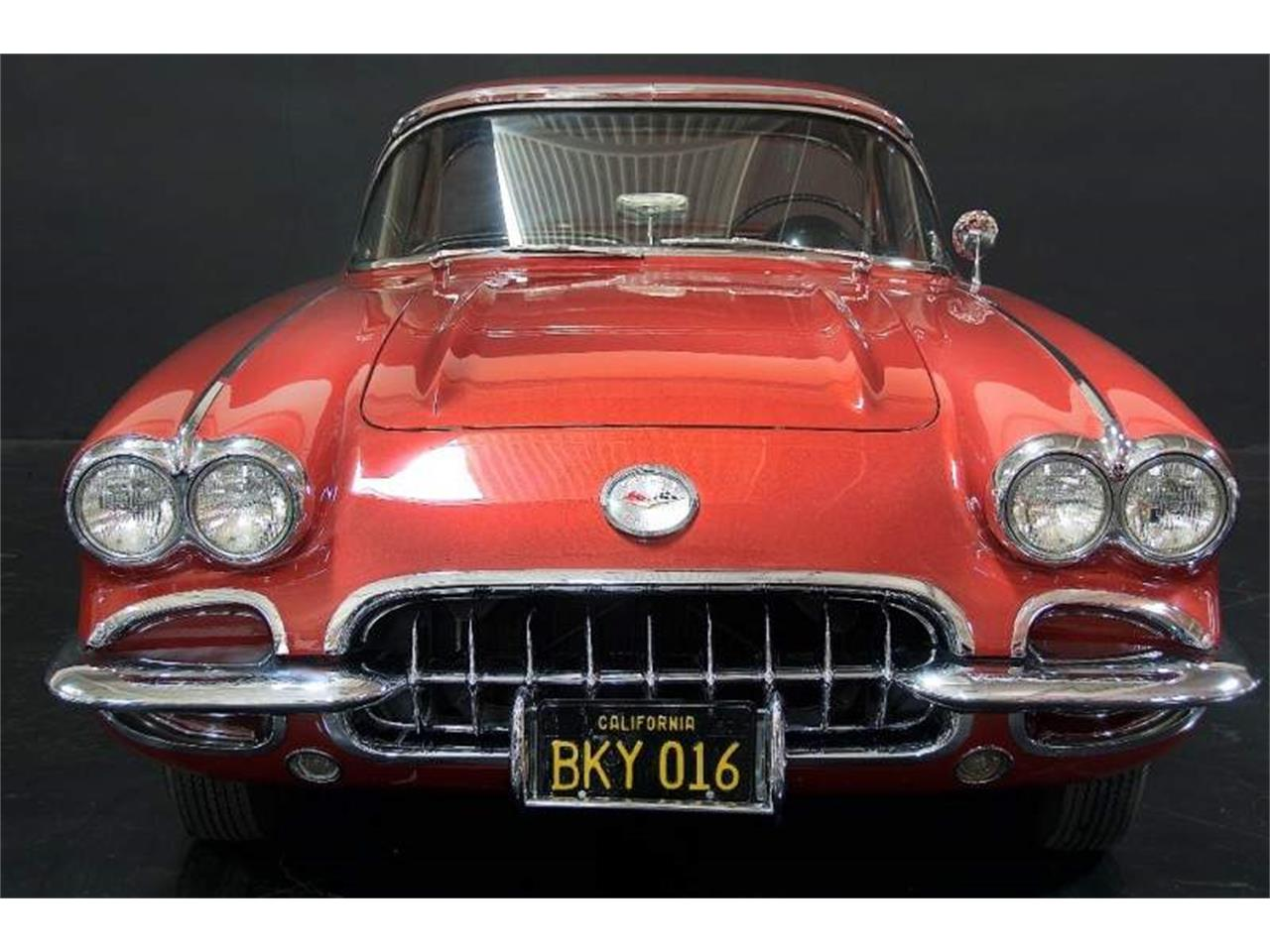 Large Picture of '60 Corvette - LQQT