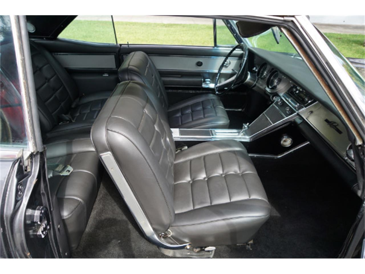 Large Picture of '63 Riviera - LQZM