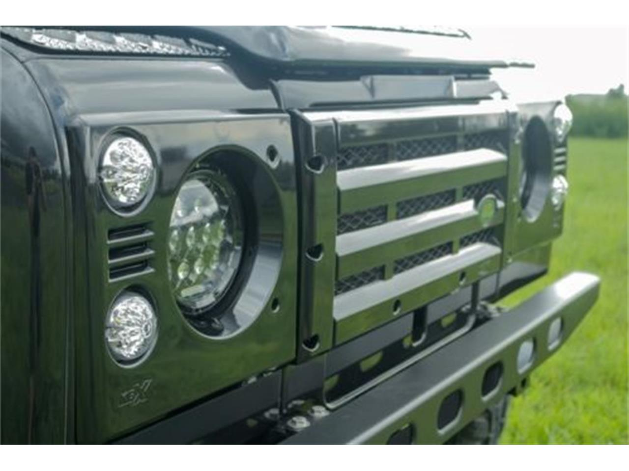 Large Picture of '90 Land Rover Defender located in Mount Pleasant South Carolina - LR1M