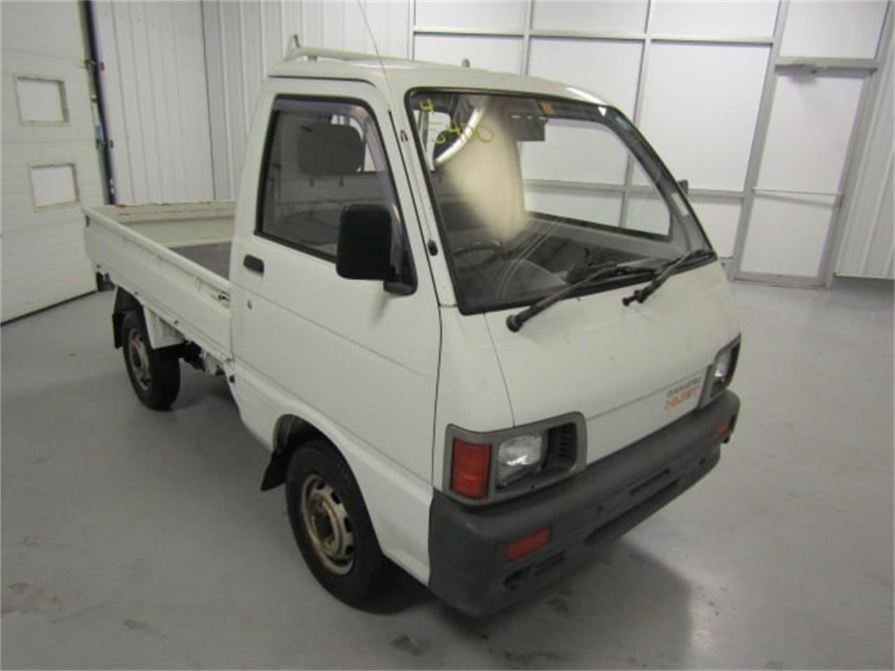 Large Picture of 1992 Daihatsu HiJet located in Christiansburg Virginia - LR8J