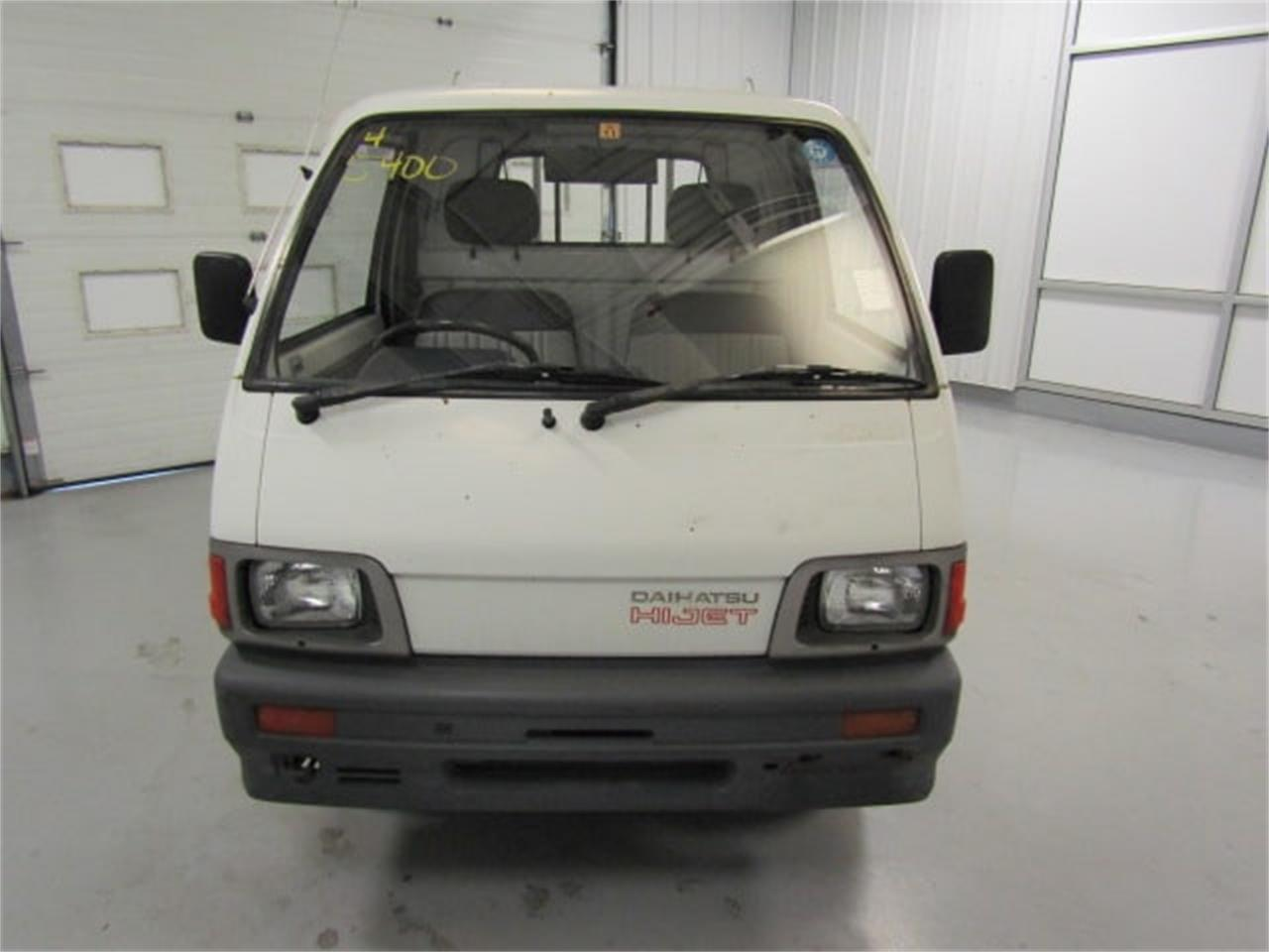 Large Picture of '92 HiJet located in Christiansburg Virginia Offered by Duncan Imports & Classic Cars - LR8J