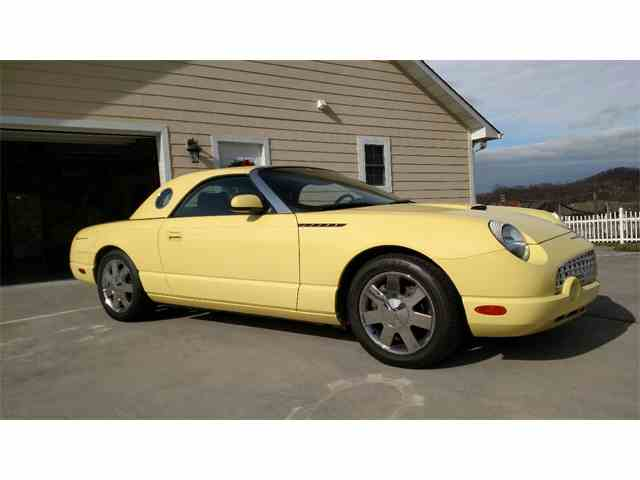 Picture of 2002 Ford Thunderbird located in Sevierville Tennessee - $24,900.00 Offered by a Private Seller - LNCZ
