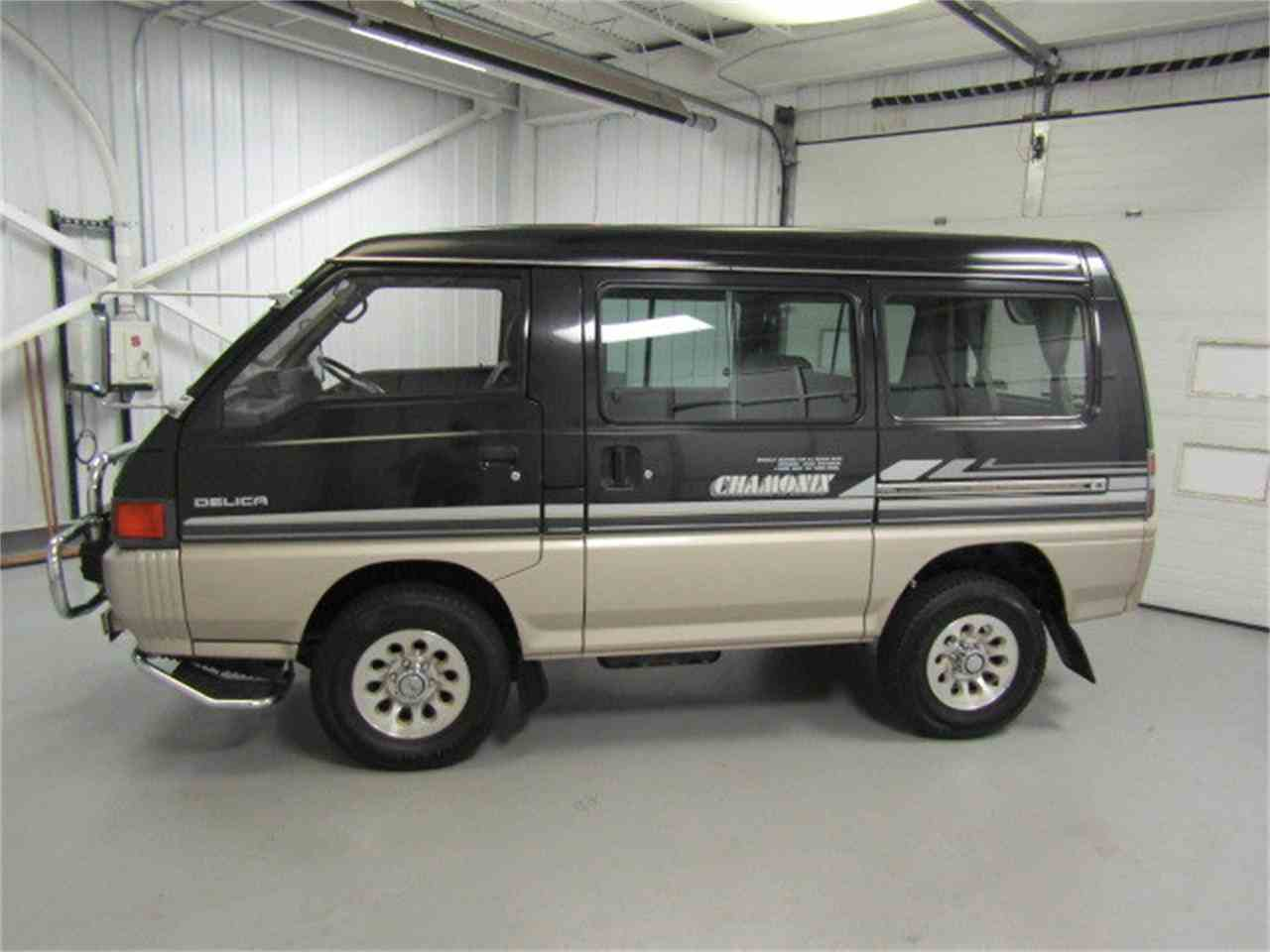 Large Picture of '89 Delica located in Christiansburg Virginia Offered by Duncan Imports & Classic Cars - LRIN