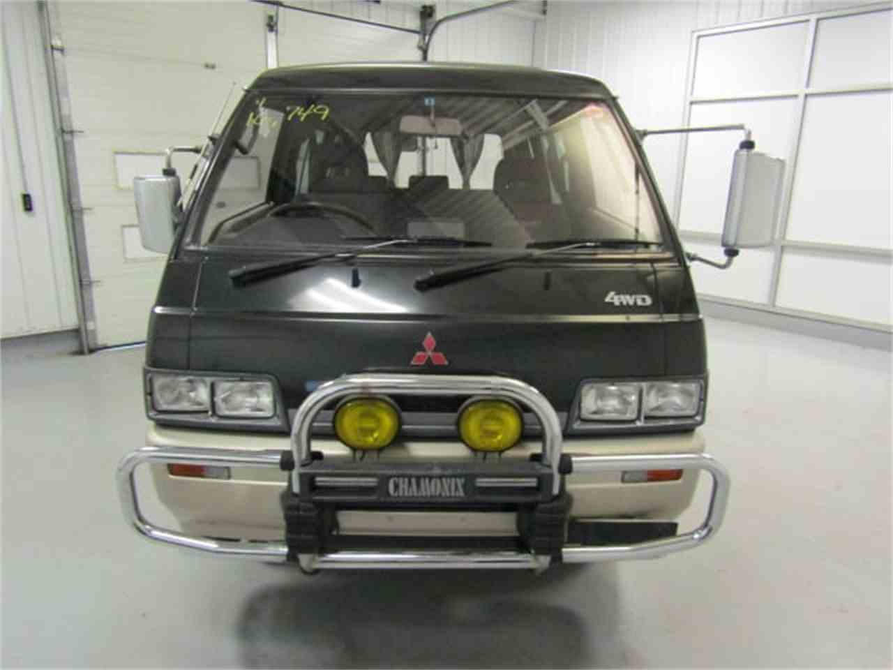 Large Picture of '89 Delica Offered by Duncan Imports & Classic Cars - LRIN
