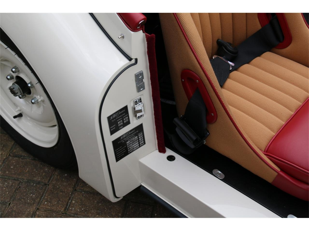 Large Picture of Classic '52 XK120 Auction Vehicle - LRLH