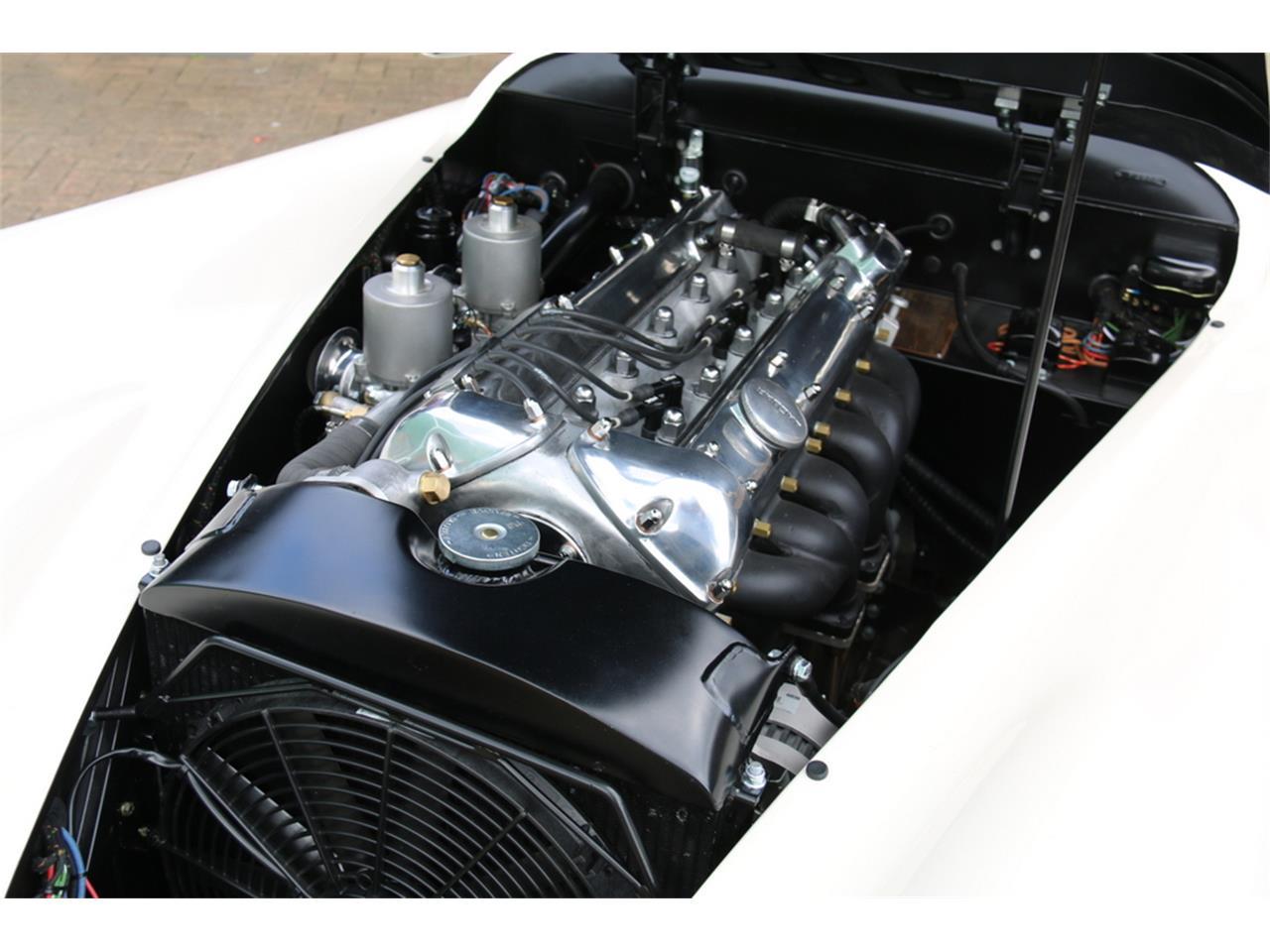 Large Picture of Classic '52 Jaguar XK120 Offered by JD Classics LTD - LRLH